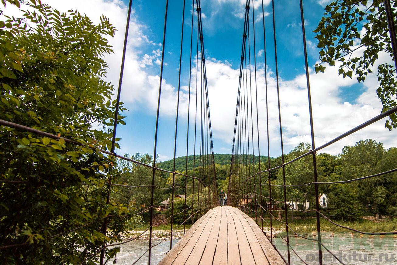 Подвесной мост в Каменномостском